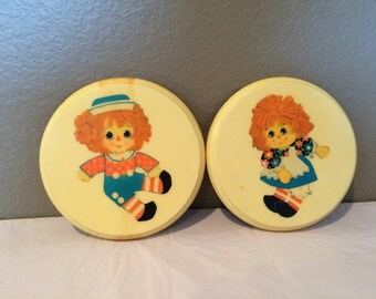 Collectible Vintage Raggedy Ann and Andy Hand Painted Wood Wall Plaques Felt Backs