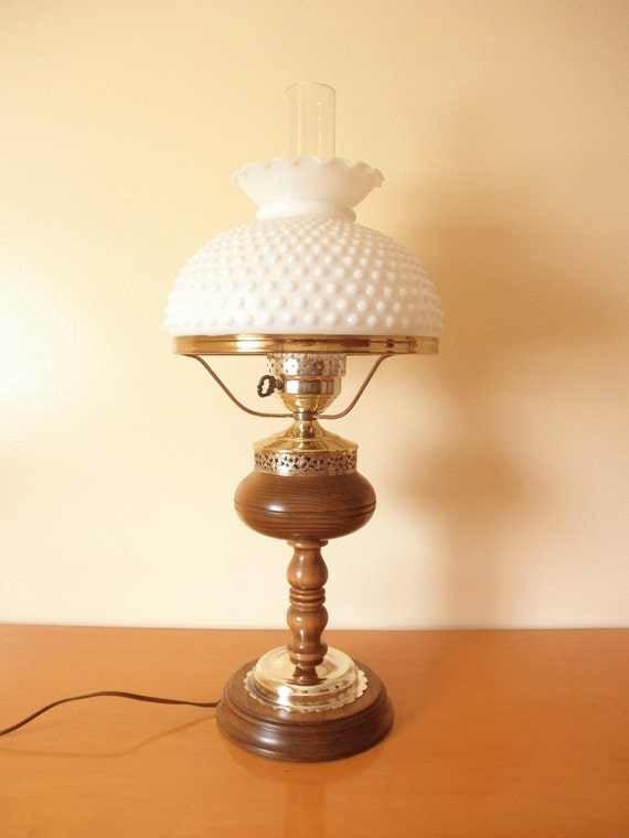 Vintage 50 39 s hobnail large 2 39 ft table lamp hobnail for Table lamps under 50