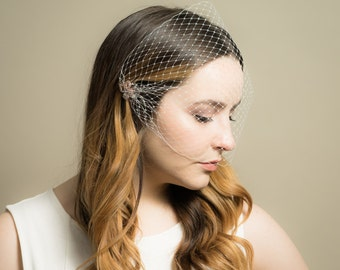 Bandeau Birdcage Wedding Veil with Rose Gold and Crystal Floral Pin ( Russian Netting Veil, Small Veil, Bird Cage Veil, Mini Veil)
