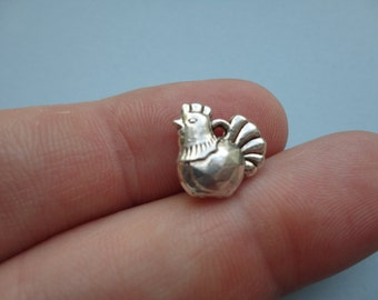 Chicken Charm Double Sided 8 pcs 12x13mm C041
