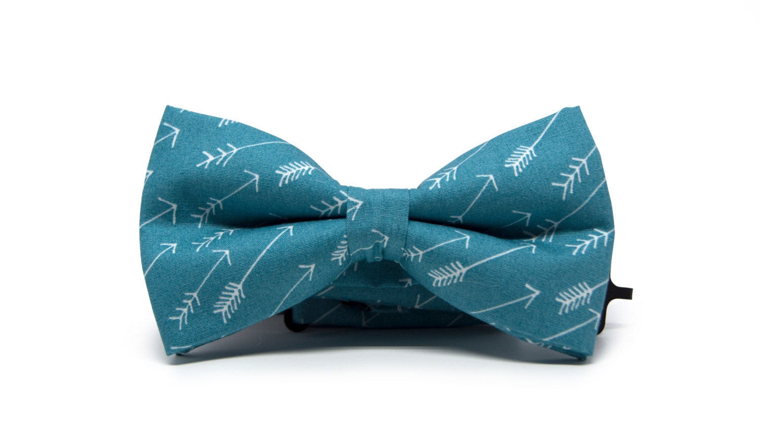 Make dressing a breeze with our high quality bow ties. Shop our green bow ties for the ultimate selection. Free shipping and returns on orders of $20 or more. Blue Bow Ties Brown Bow Ties Gold Bow Ties Gray Bow Ties Hunter Green Bow Tie. $ Katy Bow Tie. $