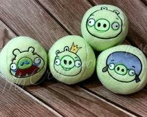 Pigs 4 Panel Stuffed Balls