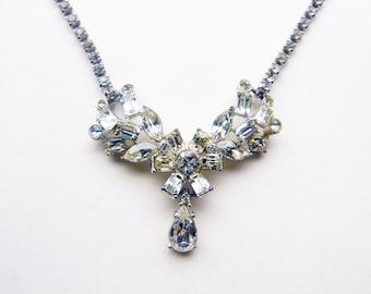 Mid-centuy 1940s diamante rhinestone choker with central drop rhinestone