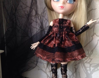 Dress for pullip and doll of this size MB low sleeve