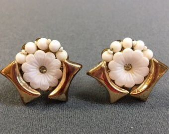 Cool Vintage White and Gold Glass Bead Clip Earrings.  Free shipping