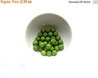 SALE 10 Green Magnesite Beads 8mm