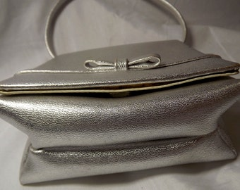 Silver Metallic Purse, Handbag, Vintage Cream Satin Lining, Bow, Mirror, Matching Coin Purse, Comb