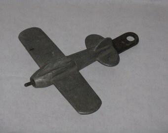 Vintage metal airplane figurine wall hanging decor