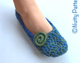 Crochet Pattern * Tara Slippers * instant download pattern #440 * women sizes 3-12 youth sizes 1-7 * Fast and easy * PDF