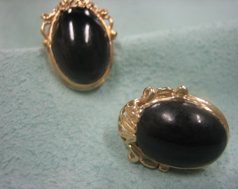 Ming's Black Coral  Earrings 14 Karat Gold