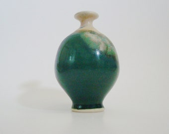 Bill Meadows Studio Pottery Bud Vase Huntington, W. Va.