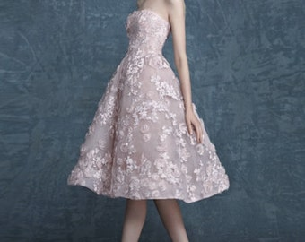 Pink Embroidered lace illusion strapless short wedding dress