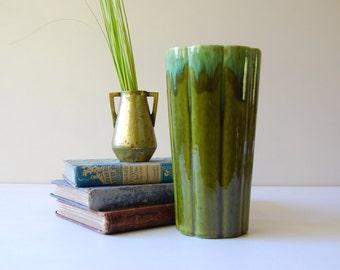 Mid Century Drip Glaze Ceramic Vase. Large Green Vase. Vintage Green Flower Vase. Scalloped Vase.