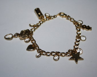 7 3/4 in Vintage Gold Toned Bracelet with Charms and Beads