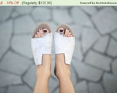 BF Sale, Simone Sandals, Scuffed White Sandals, Leather Sandal, Flat Shoes, Asymmetric Shoes, Toe Ring Sandals, Handmade Sandals