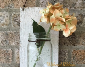 Barn Wood Pint Mason Jar Hanging Wall Vase