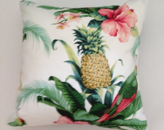 "Tommy Bahama Indoor/Outdoor Beach Bounty Pillow Cover 18""x 18"""