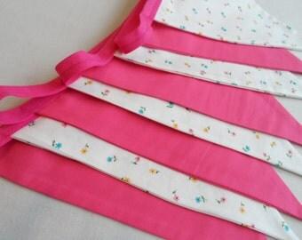 Flowery pink bunting