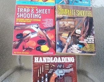 Lot of 5 Vintage Gun Books Manuals - Gun Digest