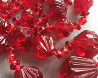 1950's Red Faceted Glass Beads Necklace