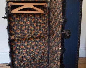 Vintage Retro Blue Steamer Trunk,Luggage,Coffee Table