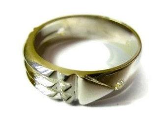 Atlantis ring 8 K Gold
