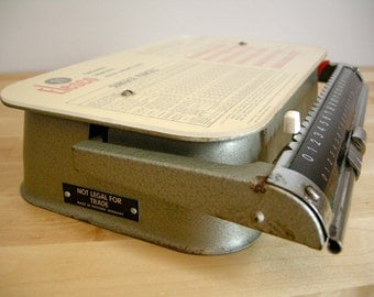 Vintage 1970 Commercial Postal Scale ~ Canada ~ by Elesco