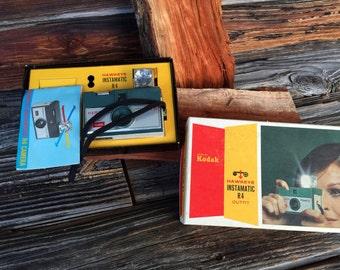 Vintage, Eastman Kodak, Hawkeye, Instamatic Camera,  1960s, Original Box,Flash Bulb, manual Vintage Photographs