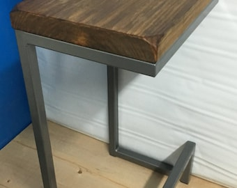 "24"" bar stool. Metal bar stools"