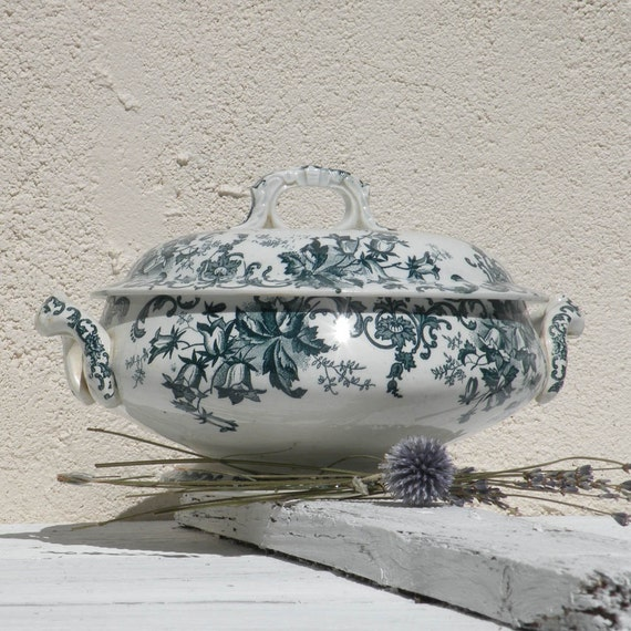 Small French antique ironstone tureen soupiere, French country home, Shabby chic tureen, Antique ironstone, French transferware, soupiere