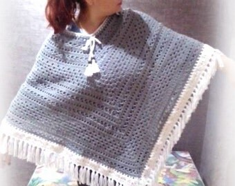 Crochet poncho with fringes, wool poncho, crochet poncho, 100% hand made, gaucho poncho, gift ideas,winter clothing,  accessory