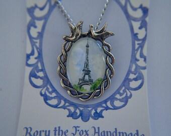 Paris Eiffel Tower necklace