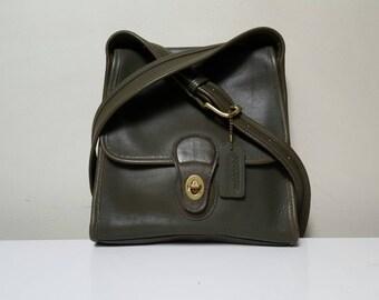 Vintage Coach Crossbody Purse// Navy Green Coach Bag// Messenger bag// Vintage Coach// Leather Crossbody Bag// Coach