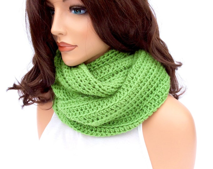 Warm and Cozy Crochet Cowl for Women and Teens, Bright Green Statement Scarf, Winter Infinity Scarf in Gorgeous Green