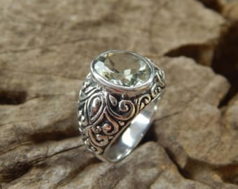 Silver ring bali carving with green amethyst stone