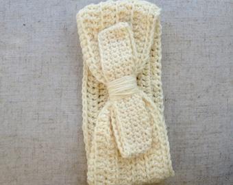 Ivory headband with bow