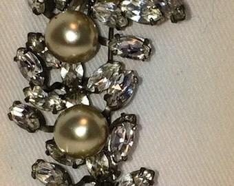 Vintage Rhinestone And Pearl Wedding Brooch
