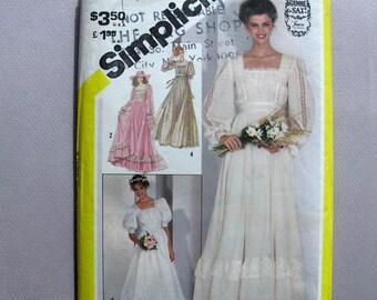 Gunne Sax Wedding Dress Simplicity Pattern 5362 Uncut 70s  Size 10
