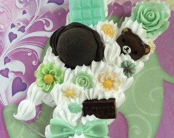READY TO SHIP Samsung Galaxy S4 Case with Mint Chocolate, Flowers, Cutie Bear and Treats
