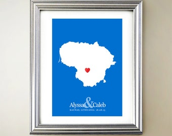 Lithuania Custom Vertical Heart Map Art - Personalized names, wedding gift, engagement, anniversary date