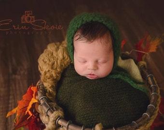 knitted green bonnet and wrap bonnet set