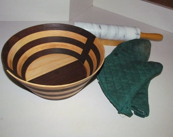 Wooden bee bowl pattern