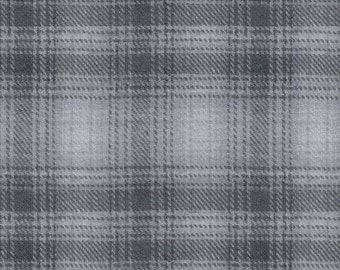 45'' Studio e Color Catchers Flannel Light Grey Ombre Plaid by the Yard 3189-90