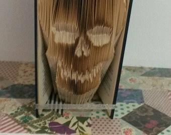 Skull book fold