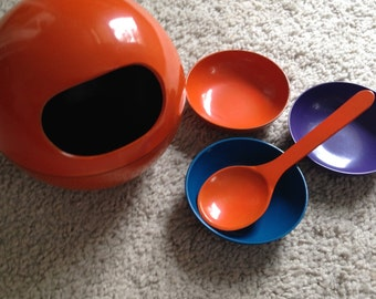 Orange Lacquered Ball with Spoon and Three Bowls