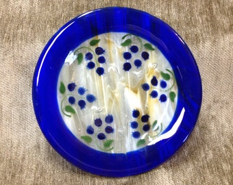 Blueberry Art Glass Plate, Cobalt Blue and White Fused Glass Plate, Cobalt Blue Edge, Blueberries in Center
