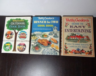 """Vintage Cook Books - Set of 3 Betty Crocker Cookbooks - """"Guide To Easy Entertaining"""" """"Outdoor Cook Book"""" and """"Dinner for Two Cook Book"""""""