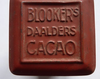 A vintage Blookers cocoa tin, brown