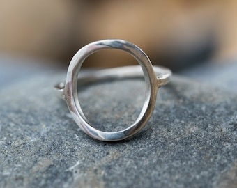Minimalist sterling silver ring - Recycled silver - Sterling silver