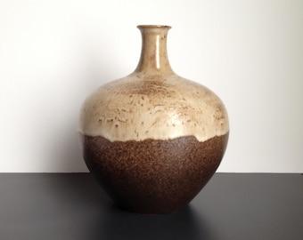 "Alvino Bagni Italian Mid Century Modern 8"" Round Vase for Raymor"